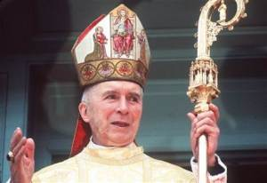 Archbishop Lefebvre, a man of contradictions, who gave many priests to the traditional movement, but failed to give them coherent principles of resistance to the modernists.